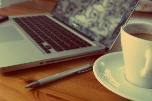 macbook-925480_640